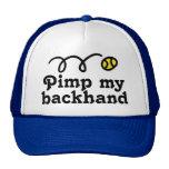 Gorra del tenis con lema divertido y la bola que