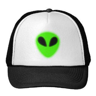 Gorra extranjero verde que brilla intensamente