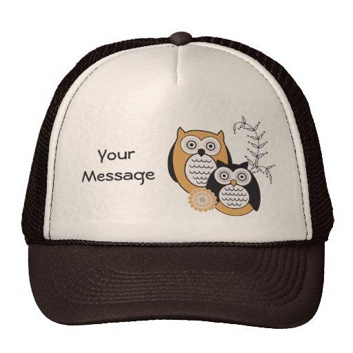 Gorra moderno del camionero de los búhos