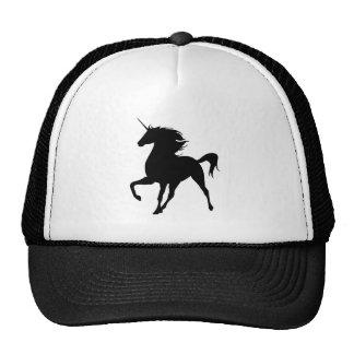 Gorra negro de la silueta del unicornio