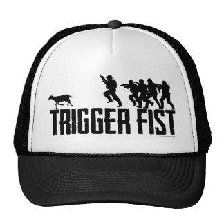 Gorra oficial del camionero del puño del disparado