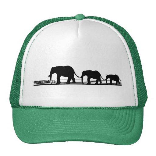 Gorra que camina del elefante blanco