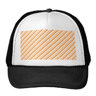 Gorra rayado del naranja y blanco