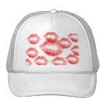 Gorra rojo de los besos de los labios