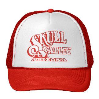 Gorra rojo del camionero con el valle rojo del crá