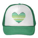 Gorra verde del corazón del bosque del amor