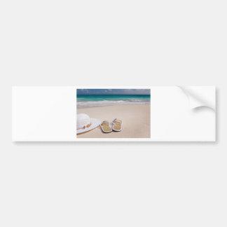 Gorra y balanceos en la playa pegatina de parachoque