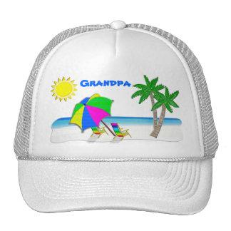 Gorras del abuelo con los casquillos alegres de la
