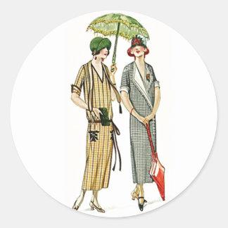 Gorras del Cloche de la aleta de las señoras de la Pegatina Redonda