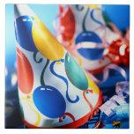 Gorras del fiesta azulejo cerámica