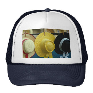 Gorras venecianos coloridos del festival, Venecia,