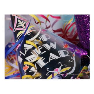 Gorras y flámulas del fiesta del Año Nuevo Tarjetas Postales