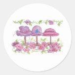 Gorras y flores de lujo pegatina redonda