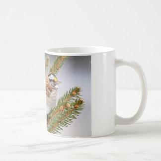 Gorrión en invierno taza de café