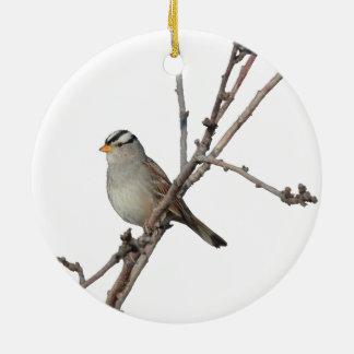 Gorrión en una rama adorno navideño redondo de cerámica