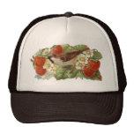 Gorrión y fresas rojas - ejemplo del vintage gorros bordados