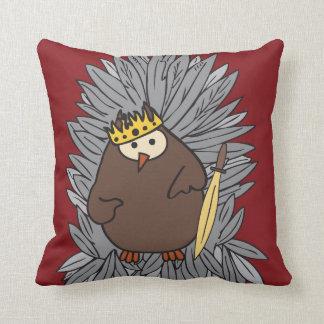 GoT Brute Hoot Owl King Throw Pillow