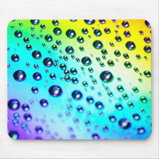Gotas de agua del arco iris alfombrillas de raton