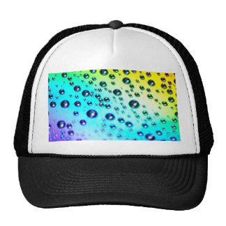 Gotas de agua del arco iris gorros bordados