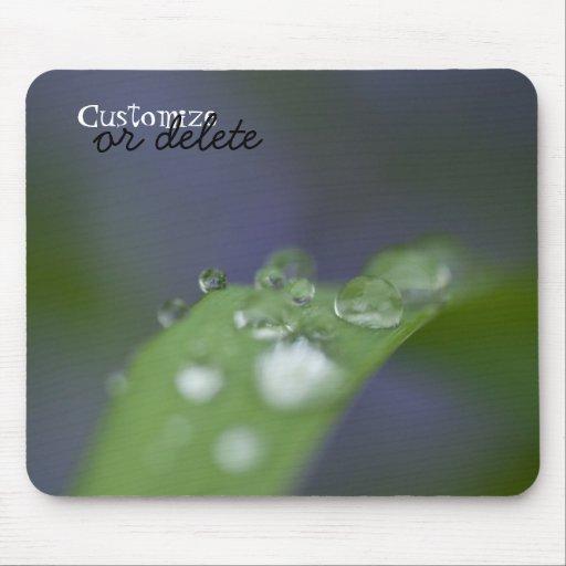 Gotas de agua del jardín; Personalizable Mouse Pads