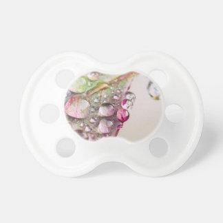Gotas de lluvia chupetes de bebe