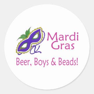 Gotas de los muchachos de la cerveza del carnaval pegatinas redondas
