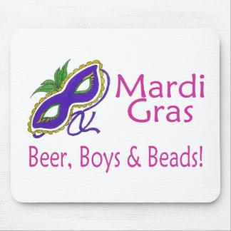 Gotas de los muchachos de la cerveza del carnaval tapetes de raton