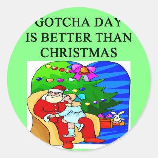 gotcha idea del navidad de la adopción del día etiqueta