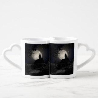 Gothic dark castle (church) in the moon light lovers mug sets