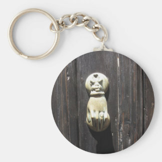 Gothic Doorknocker Shaped As A Knocking Hand Keychain