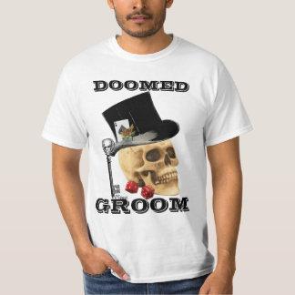 Gothic gambling skull,doomed groom T-Shirt
