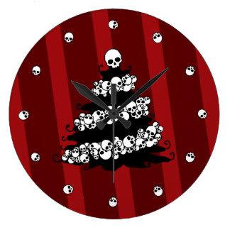 Gothic Holiday Tree Skull Garland Wall Clock
