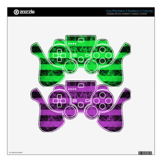 Gothic punk grungey purple and green stripes PS3 controller skin