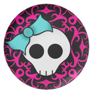 Gothic skull with blue blow on black and fuschia party plates