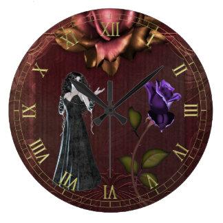 Gótico subió y reloj de pared del vampiro