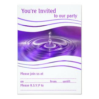 """Gotita de agua púrpura invitación 5"""" x 7"""""""