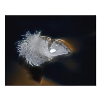 Gotita del agua en una pluma blanca anuncios personalizados