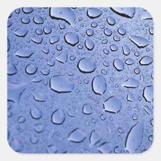 Gotitas de agua azul pegatina cuadrada