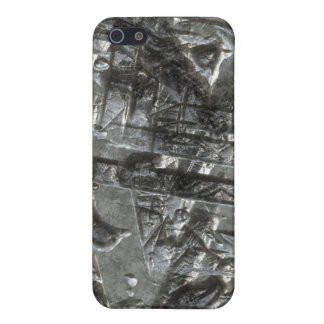 Gouged & Scared 1 Cover For iPhone SE/5/5s