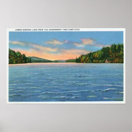 Govt. Opinión libre de campings de un lago más baj Póster