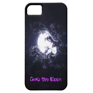 Grab the Moon iPhone 5 case _ barely there