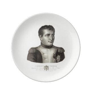 Grabado antiguo elegante de Napoleon Bonaparte Platos De Cerámica