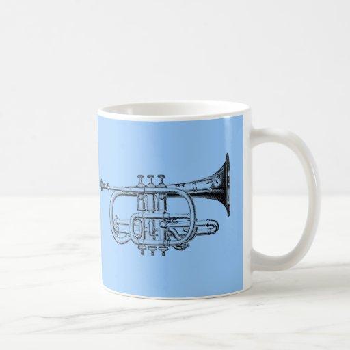Grabado de madera de la trompeta del vintage taza