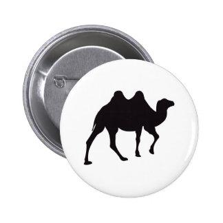 Grabado de madera del vintage del camello pin