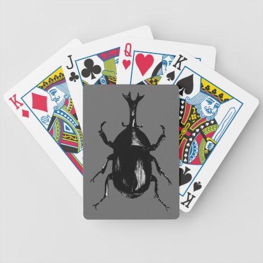 Grabado de madera del vintage del insecto del barajas de cartas