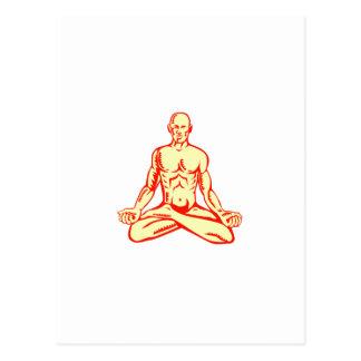 Grabar en madera de Asana de la posición de Lotus Tarjetas Postales