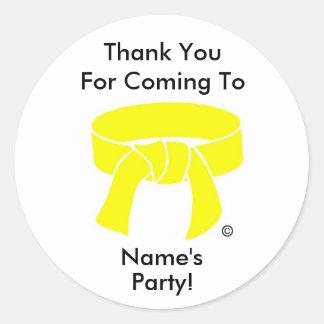 Gracias ir de fiesta personalizado amarillo de los pegatina redonda