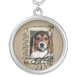 Gracias - las patas de piedra - perrito del beagle colgante