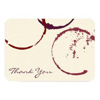 Gracias los anillos planos de la mancha del vino comunicados