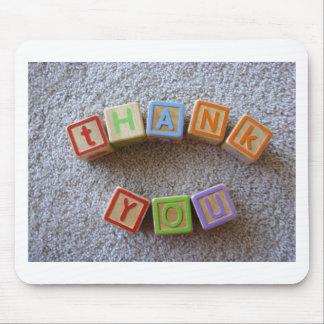 Gracias - los bloques del alfabeto tapete de ratón